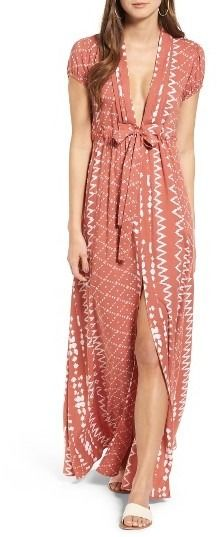 Wear this geo print maxi dress to brunch or a day in the city.