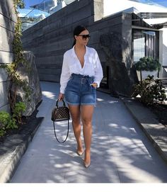 💫 mirelsarai 💫 date outfits, classy outfits, short outfits, spring outfit Classy Outfits, Chic Outfits, Fashion Outfits, Fashion Trends, Date Outfits, Fashion Killa, Look Fashion, Girl Fashion, French Fashion
