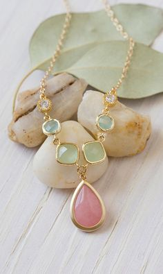 Unique Jewel Pendant Statement Necklace