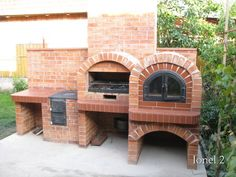 The smaller the better Brick Oven Outdoor, Outdoor Barbeque, Outdoor Kitchen Plans, Brick Bbq, Backyard Barbeque, Pizza Oven Outdoor, Outdoor Stone, Backyard Kitchen, Summer Kitchen