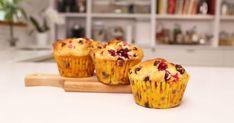 Les enfants raffolent de chocolat au petit-déjeuner. Gâtez-les en leur offrant ces muffins... Cupcake Cakes, Cupcakes, Muffin Recipes, Biscuits, Nom Nom, Buffet, Sandwiches, Deserts, Nutrition