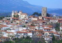 Αυλωνάρι Ευβοίας Greece, Mansions, House Styles, Home Decor, Greece Country, Decoration Home, Room Decor, Fancy Houses, Mansion