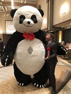 Kenny Omega At the Tokyo Sports pro wrestling awards and had a chance to meet some old friends. Japanese Wrestling, Kota Ibushi, Best Wrestlers, Kenny Omega, Andre The Giant, Professional Wrestling, Baby Daddy, Old Friends, Mickey Mouse
