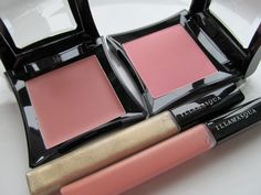 Illamasqua Naked Rose blush