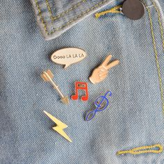 Devoted 1 Pc Metal Brooch Collar Pins Brooches Jeans Shirt Handbag Alloy Badges On Backpack Clothes Cartoon Pin With The Most Up-To-Date Equipment And Techniques Apparel Sewing & Fabric
