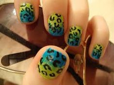 What my nails look like now<3 These are fun, got a lot of compliments<3