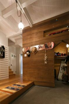 Japanese style entryway with side gear closet Diy Interior, Interior Styling, Interior Architecture, Interior And Exterior, Interior Design, Style At Home, Love Home, Japanese House, Japanese Style