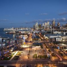 North Wharf Promenade by Taylor Cullity Lethlean and Wraight + Associates