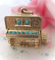 Piano Colibri Swiss Miniature Music Box 14k Gold Charm