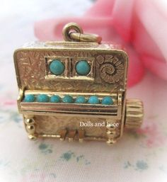 Piano Colibri Swiss Miniature Music Box 14k Gold Charm