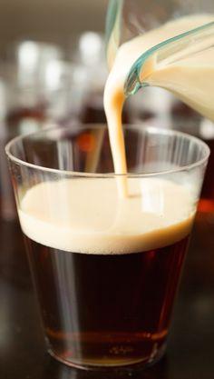 Patrick's Day with Irish Car Bomb Jello Shots. A layered jello shot with Guinness beer and Bailey's Irish Cream. Pineapple Jello, Vodka And Pineapple Juice, Irish Car Bomb Drink, Irish Drinks, Lime Jello Shots, Layered Jello, Jello Shot Recipes, Vanilla Vodka, Baileys Irish Cream