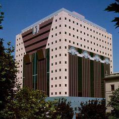 Portland Public Services Building by Michael Graves & Associates, 1982