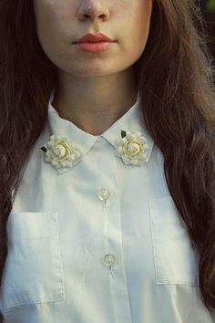 5 New and Fun Ways to Wear Brooches