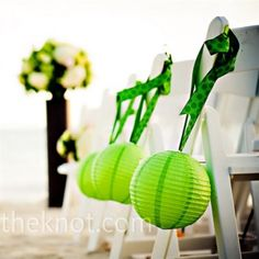 Green Aisle Decorations - super cool! #LoveDI #diamondsinternational #green #wedding #theme #ideas