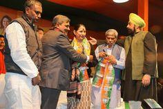 """मेरी दिल्ली को थोडा -सा प्यार चाहिए। मेरी दिल्ली को """" मोदी सरकार """"चाहिए। Vote for BJP - पटेल नगर विधानसभा क्षेत्र से भाजपा उम्मीदवार - #KrishnaTirath #Vote4BJP #ModiPMBediCM #BJP4Delhi"""