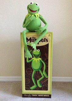 Master Replicas Muppets Kermit the Frog Photo Puppet Replica MIB