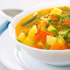 Ciorba de legume pentru un pranz sanatos de vara - Cura de Miere Thai Red Curry, Cantaloupe, Fruit, Ethnic Recipes, Food, Meal, The Fruit, Essen, Hoods