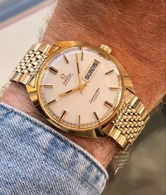 Omega Seamaster Cosmic, Vintage Omega, Watch Sale, Automatic Watch, Vintage Watches, Bracelets For Men, Gold Watch, Ranunculus Flowers, Fashion Inspiration