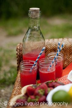 Fresh Cherry Limeade #recipe from phemomenon.com