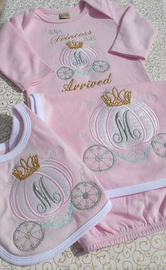 Custom, Initial Monogram, Machine Embroidered, Applique 3 Piece Infant Gown, Bib and Burp Cloth