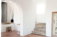 Room 2, we like it minimal