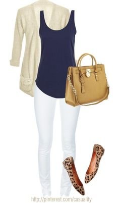 Want to know how to wear flats with jeans ? find it in the photos below and get ideas for your own outfits! How to wear white jeans in fall – add a cardigan and scarf. This would also look… Continue Reading → Look Fashion, Womens Fashion, Fashion Trends, Fall Fashion, Petite Fashion, Curvy Fashion, Fashion Bloggers, Mode Ab 50, Leopard Flats