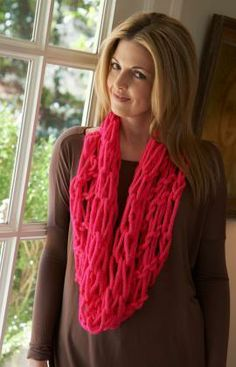 Arm-Knit Vivid Cowl Free Pattern from Red Heart Yarns