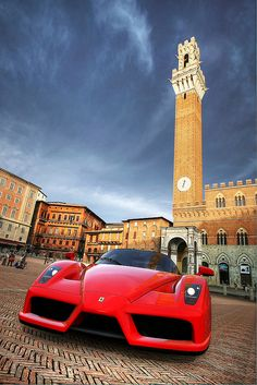 Primavera #Barilla en Italia porqur nada se le compara a la majestuosidad de sus calles excepto este hermoso auto
