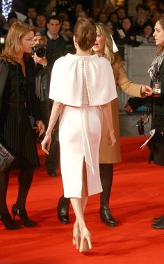 Pin for Later: Angelina Jolie Is the Picture of Elegance at the Unbroken Premiere