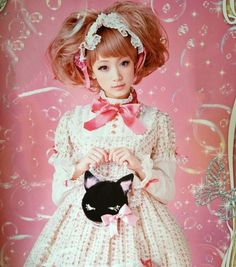 Angelic Pretty  By. Gothic Bible