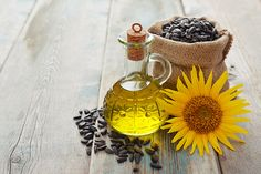 Is sunflower oil bad for you? Contact Dermatitis, Walnut Oil, Safflower Oil, Vitamin K, Nutrition, Cooking Oil, Oils For Skin, Avocado Oil, Vegetables