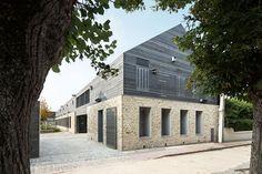 Maison du Parc Naturel Regional du Gatinais Français. Location: Milly-La-Forêt, France; architects: Joly & Loiret architectes; award: prix national 2013 de l'architecture en terre crue catégorie aménagement intérieur.
