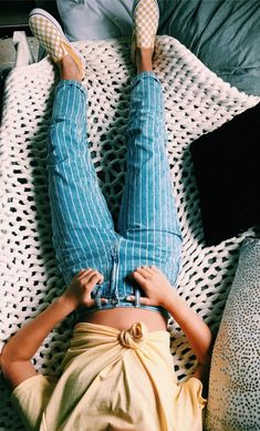 Look at more ideas about Style clothes, Loot outfits and Woman style. Spring Outfits, Trendy Outfits, Fashion Outfits, Womens Fashion, Outfit Summer, Fashion 2018, Casual School Outfits, Holiday Outfits, Inspiration Mode