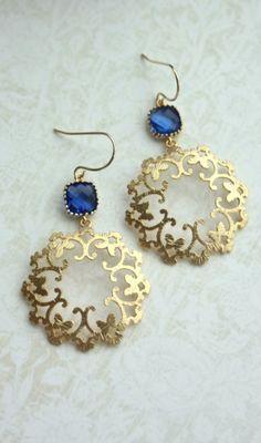 Gorgeous! Gold earings, Indian Arabian