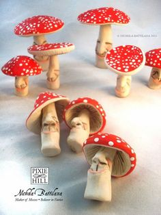 Pixie Hill: Pleased toadstools...I need to make these for the girls garden