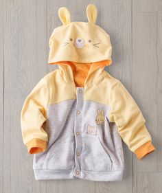 One of our best embroidered hoodies yet, this Happy Hamster is here to please! Perfect for those cool spring evenings playing outdoors, the tough stitching can take all the snags, slips and stretches they throw at it. This unique artist-designed embroidered hoodie is only available at Hallmark Baby for a limited time in baby girl and boy sizes.