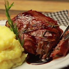 Ribeye With Bacon And Wine Sauce recipe