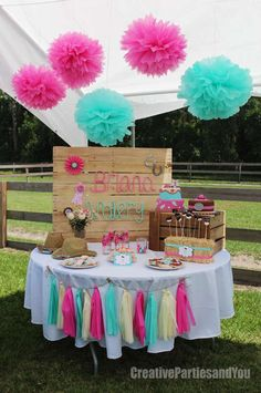 Amazing dessert table from a cowgirl birthday party! See more party ideas at Cat. Rodeo Birthday, Horse Birthday Parties, Farm Birthday, Birthday Party Themes, Birthday Ideas, Horse Party, Cowgirl Party, Deco Champetre, Pony Party