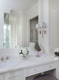 Vanity, Makeup Area, with Storage & Mirror