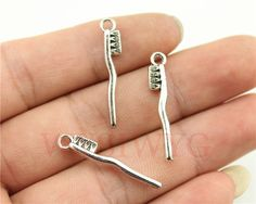 WYSIWYG 9pcs/lot 29*13mm antique silver plated Toothbrush charms