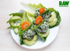 """Raw Vegan """"Tuna"""" salad with Green Peppers and Avocado Tuna Salad, Cobb Salad, Raw Vegan Recipes, Yummy Recipes, Pecan Nuts, Peppers And Onions, Stuffed Green Peppers, Coriander, Avocado Toast"""