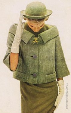 Classy Look : Picture Description Andrew Arkin green herringbone tweed Fashion 60s, Fashion History, Look Fashion, Vintage Fashion, Fashion Outfits, Gloves Fashion, Fashion Hacks, Fashion Graphic, Dress Fashion