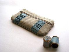 beautiful zipper pouch...love the colors!