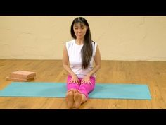 Improve your Seated Forward Bend, Yoga with Aki Omori