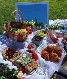 Picnic Date Food, Picnic Foods, Cute Food, Good Food, Yummy Food, Comida Picnic, Pyjamas Party, Date Recipes, Summer Picnic