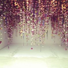 """Laura Ashley on Twitter: """"A picture of jaw dropping beauty... cascading flowers by Rebecca Louise Law #RHSChelsea http://t.co/47kFapPs06"""""""