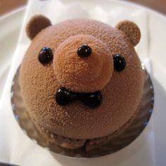 Kawaii bear mini cake