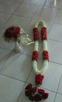 Wedding Garlands, Flower Garland Wedding, Wedding Mandap, Flower Garlands, Wedding Flowers, Wedding Decorations, Temple Jewellery, Jewelry, Flower Hair Accessories