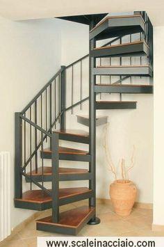 Escalier en colimaçon avec un plan carré 4