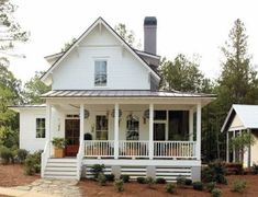 farmhouse front porch designs images lantern decorating ideas country porches pictures,farmhouse front porch furniture white swing lights best farm house ideas on exterior. Farmhouse porch pics designs uk wrap around best modern ideas on,farmhouse porch c Small Farmhouse Plans, White Farmhouse Exterior, Farmhouse Front Porches, Country House Plans, Farmhouse Design, Country Porches, Farmhouse Ideas, Farmhouse Decor, Farmhouse Style